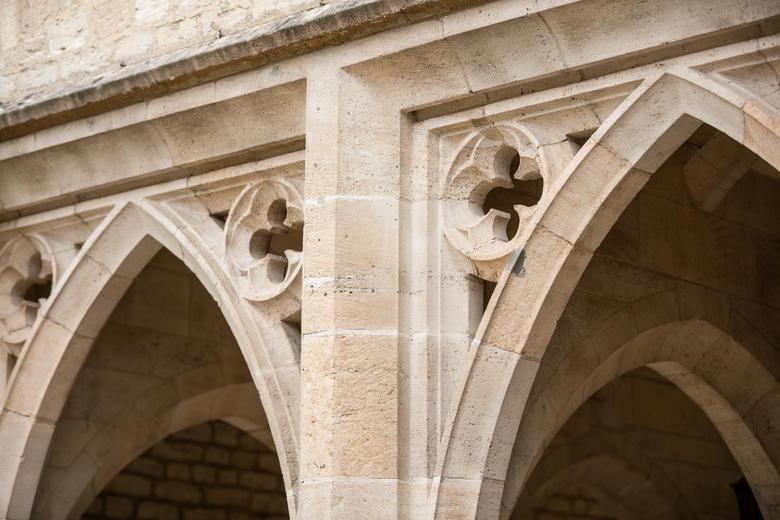 Quatrefoil detail four colleges arch