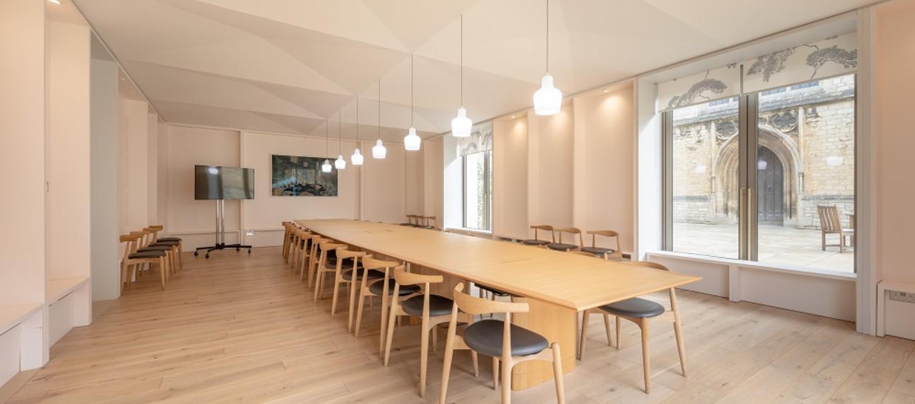 Large Seminar Room